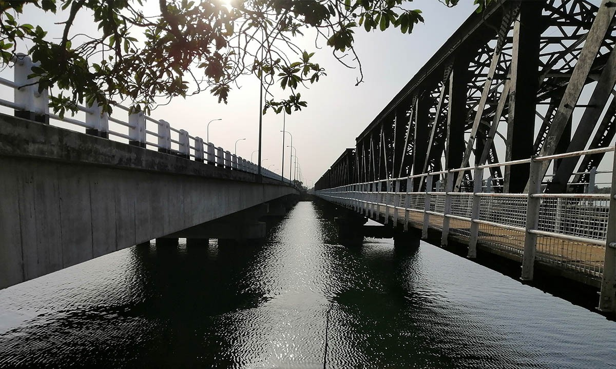 Kallady bridge, a historical monument